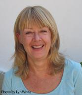 Fiona Agombar